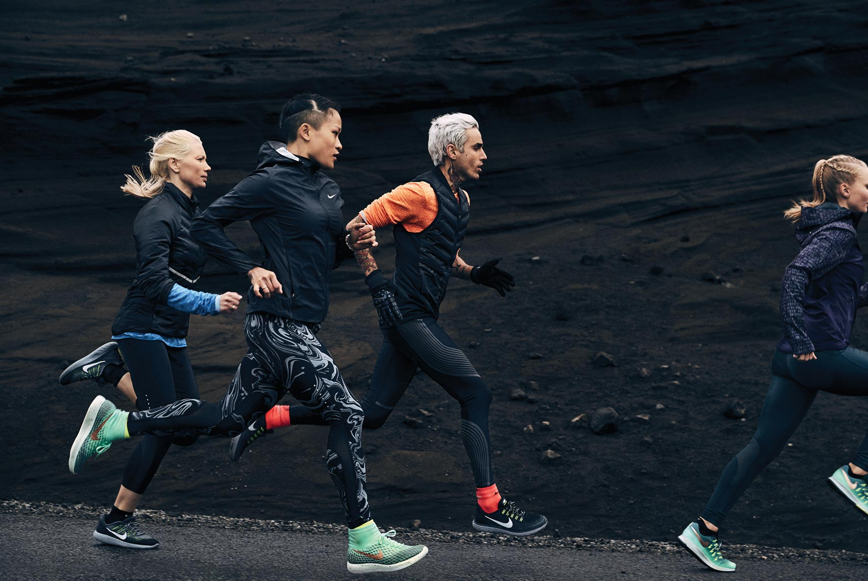 sam_kweskin_nike_run_iceland_holiday_13