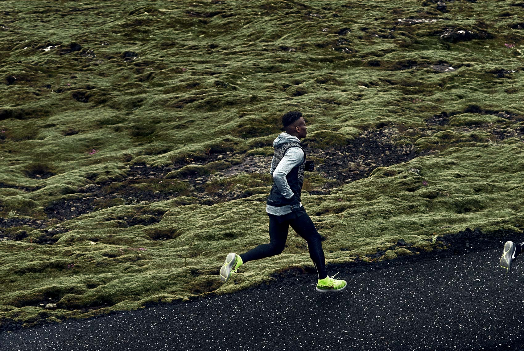 sam_kweskin_nike_run_iceland_holiday_5
